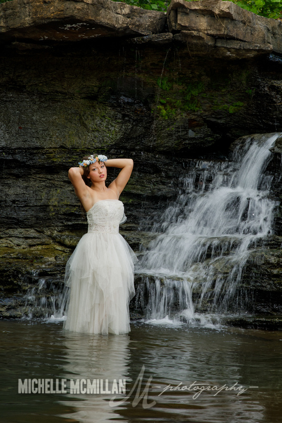 senior photographer waterfall